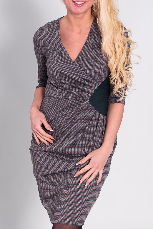 ПлатьеПлатья<br>Прекрасное платье с декоративными складками. Модель выполнена из приятного материала со вставками из искусственной кожи. Отличный выбор для повседневного и делового гардероба.  Цвет: зеленый, красный, бежевый  Рост девушки-фотомодели 170 см<br><br>Горловина: V- горловина,Запах<br>По длине: До колена<br>По материалу: Вискоза,Тканевые<br>По рисунку: Геометрия,Цветные,В клетку,С принтом<br>По сезону: Весна,Осень,Зима<br>По стилю: Повседневный стиль<br>По форме: Платье - футляр<br>По элементам: С декором,Со складками,С кожаными вставками<br>Рукав: Рукав три четверти<br>По силуэту: Приталенные<br>Размер : 46,52<br>Материал: Трикотаж + Искусственная кожа<br>Количество в наличии: 2