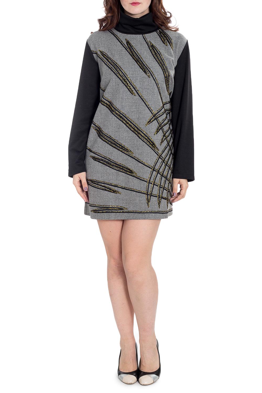ПлатьеПлатья<br>Теплое платье с объемным воротником. Модель выполнена из шерстянной ткани. Отличный выбор для повседневного гардероба.  В изделии использованы цвета: серый, черный и др.  Рост девушки-фотомодели 180 см.<br><br>Воротник: Стойка<br>По длине: До колена<br>По материалу: Шерсть<br>По рисунку: С принтом,Цветные<br>По силуэту: Полуприталенные<br>По стилю: Повседневный стиль<br>По форме: Платье - трапеция<br>Рукав: Длинный рукав<br>По сезону: Зима<br>Размер : 58,60<br>Материал: Шерсть<br>Количество в наличии: 3