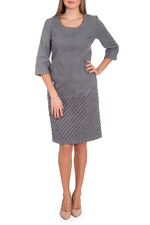 ПлатьеПлатья<br>Красивое женское платье из хлопкового материала с декоративным принтом по низу изделия. Отличный выбор для повседневного гардероба.  В изделии использованы цвета: серый, желтый и др.  Рост девушки-фотомодели 170 см<br><br>Горловина: С- горловина<br>По длине: До колена<br>По материалу: Хлопок<br>По рисунку: Однотонные<br>По сезону: Зима,Осень,Весна<br>По силуэту: Полуприталенные<br>По стилю: Повседневный стиль<br>По элементам: С декором,С разрезом<br>Разрез: Короткий,Шлица<br>Рукав: Рукав три четверти<br>Размер : 44,50,54,56<br>Материал: Хлопок<br>Количество в наличии: 6