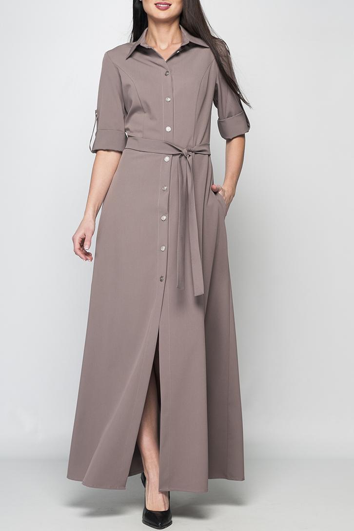 ПлатьеПлатья<br>Стильное женское платье-рубашка полуприлегающего силуэта, длина до щиколотки, воротник оформлен в рубашечном стиле, отложной. Платье без пояса.  Параметры изделия:  44 размер: обхват груди - 86 см, обхват талии - 78 см, длина рукава - 47 см. длина изделия - 150 см;  52 размер: обхват груди - 104 см, обхват талии - 92 см,длина рукава - 47 см, длина изделия - 155 см.  В изделии использованы цвета: шоколадный  Рост девушки-фотомодели 175 см.<br><br>Воротник: Рубашечный<br>По длине: Макси<br>По материалу: Тканевые<br>По рисунку: Однотонные<br>По силуэту: Приталенные<br>По стилю: Кэжуал,Повседневный стиль,Сафари<br>По форме: Платье - трапеция<br>По элементам: С манжетами,С патами,С разрезом<br>Разрез: Длинный<br>Рукав: До локтя<br>По сезону: Осень,Весна<br>Размер : 42<br>Материал: Плательная ткань<br>Количество в наличии: 1