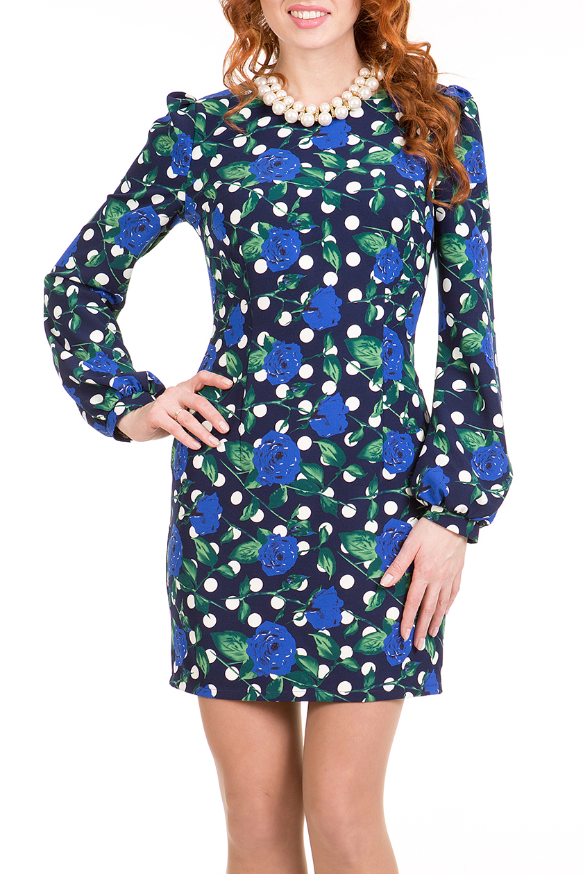 ПлатьеПлатья<br>Эффектное молодежное платье прилегающего силуэта, длиной выше колена, выполнено из ткани с ярким рисунком. Рукав втачной длинный на манжете со сборкой по окату и низу, вырез горловины овальный.   Длина платья 76 – 82 см.  В изделии использованы цвета: синий, зеленый, белый  Ростовка изделия 170 см<br><br>Горловина: С- горловина<br>По длине: До колена<br>По материалу: Тканевые<br>По образу: Город<br>По рисунку: В горошек,Растительные мотивы,С принтом,Цветные,Цветочные<br>По силуэту: Полуприталенные<br>По стилю: Повседневный стиль<br>По форме: Платье - футляр<br>По элементам: С манжетами<br>Рукав: Длинный рукав<br>По сезону: Осень,Весна<br>Размер : 42,44,46,48,50,52<br>Материал: Трикотаж<br>Количество в наличии: 12