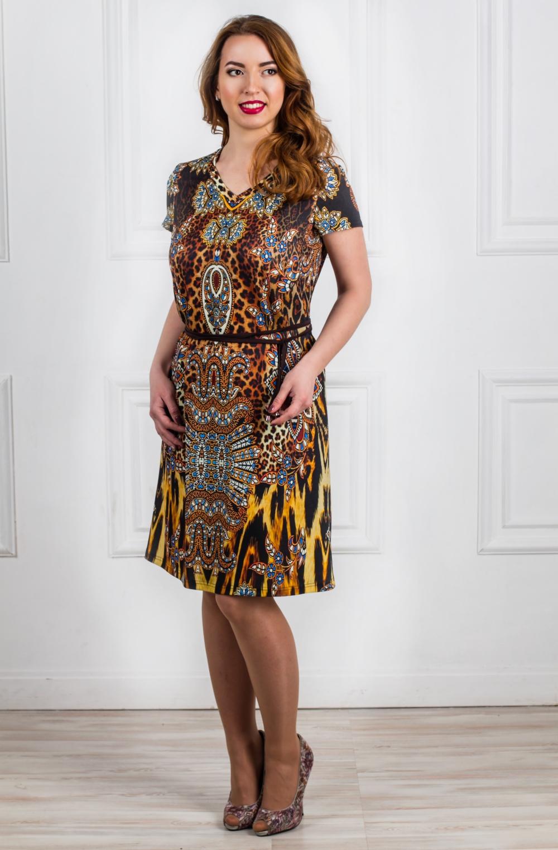 ПлатьеПлатья<br>Женское платье с V-образной горловиной и короткими рукавами. Модель выполнена из мягкой вискозы. Отличный выбор для повседневного гардероба. Платье без пояса.  Цвет: коричневый, бежевый, желтый  Рост девушки-фотомодели - 168 см<br><br>Горловина: V- горловина<br>По материалу: Вискоза,Трикотаж<br>По рисунку: Леопард,Цветные,Животные мотивы,С принтом<br>По сезону: Весна,Осень<br>По силуэту: Полуприталенные<br>Рукав: Короткий рукав<br>По форме: Платье - футляр<br>По стилю: Повседневный стиль<br>По длине: До колена<br>Размер : 48,50,52<br>Материал: Вискоза<br>Количество в наличии: 6