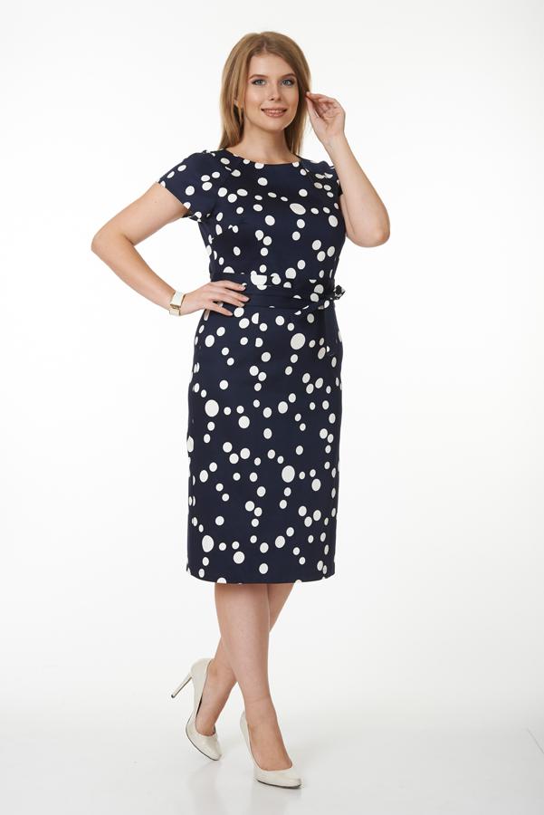ПлатьеПлатья<br>Шикарное темно-синее платье средней длины с оригинальным рисунком «горох» и коротким рукавом придаст одновременно строгость и элегантноть Вашему стилю. Платье без пояса.  Цвет: синий, белый  Ростовка изделия 170 см.<br><br>По образу: Свидание,Город<br>По стилю: Повседневный стиль<br>По материалу: Трикотаж,Хлопок<br>По рисунку: В горошек,С принтом,Цветные<br>По сезону: Весна,Осень<br>По силуэту: Полуприталенные<br>По форме: Платье - футляр<br>По длине: Ниже колена<br>Рукав: Короткий рукав<br>Горловина: С- горловина<br>Размер: 50<br>Материал: 95% хлопок 5% лайкра<br>Количество в наличии: 1