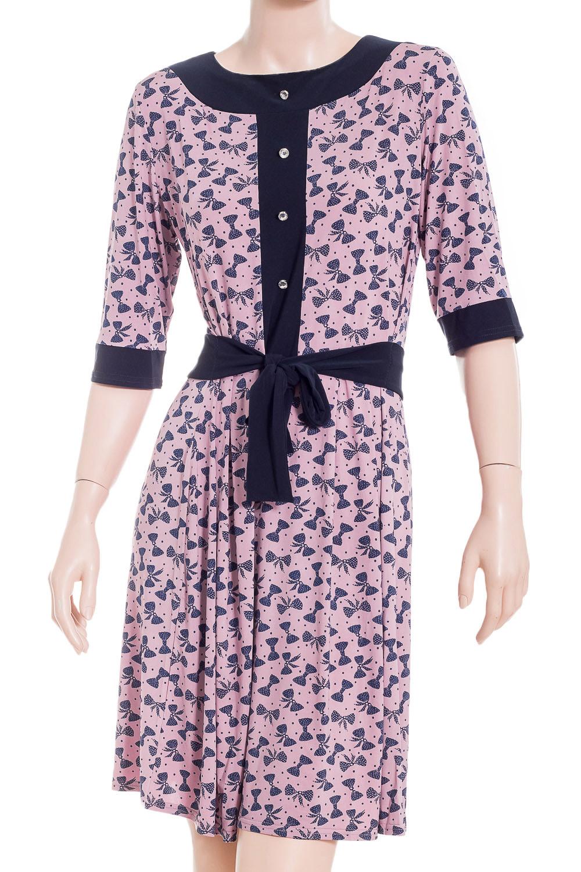 ПлатьеПлатья<br>Цветное платье с рукавами 3/4. Модель выполнена из приятного материала. Отличный выбор для повседневного гардероба. Платье без пояса.  В изделии использованы цвета: розовый, синий  Ростовка изделия 170 см.<br><br>Горловина: С- горловина<br>По длине: До колена<br>По материалу: Трикотаж<br>По рисунку: С принтом,Цветные<br>По элементам: С декором<br>Рукав: Рукав три четверти<br>По сезону: Осень,Весна,Всесезон<br>Размер : 48<br>Материал: Холодное масло<br>Количество в наличии: 1
