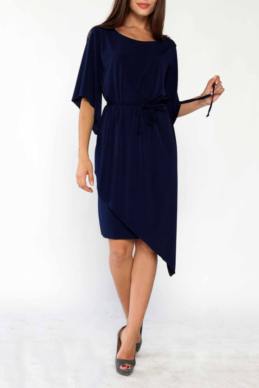 ПлатьеПлатья<br>Ультрамодное платье с асимметричным подолом. Модель выполнена из струящегося трикотажа. Отличный выбор для любого случая. Платье без пояса.  Цвет: синий  Ростовка изделия 170 см<br><br>Горловина: С- горловина<br>По длине: До колена<br>По материалу: Трикотаж<br>По рисунку: Однотонные<br>По силуэту: Полуприталенные<br>По стилю: Молодежный стиль,Повседневный стиль<br>По элементам: С фигурным низом<br>Рукав: До локтя<br>По сезону: Осень,Весна<br>Размер : 44-46,48-50<br>Материал: Холодное масло<br>Количество в наличии: 4