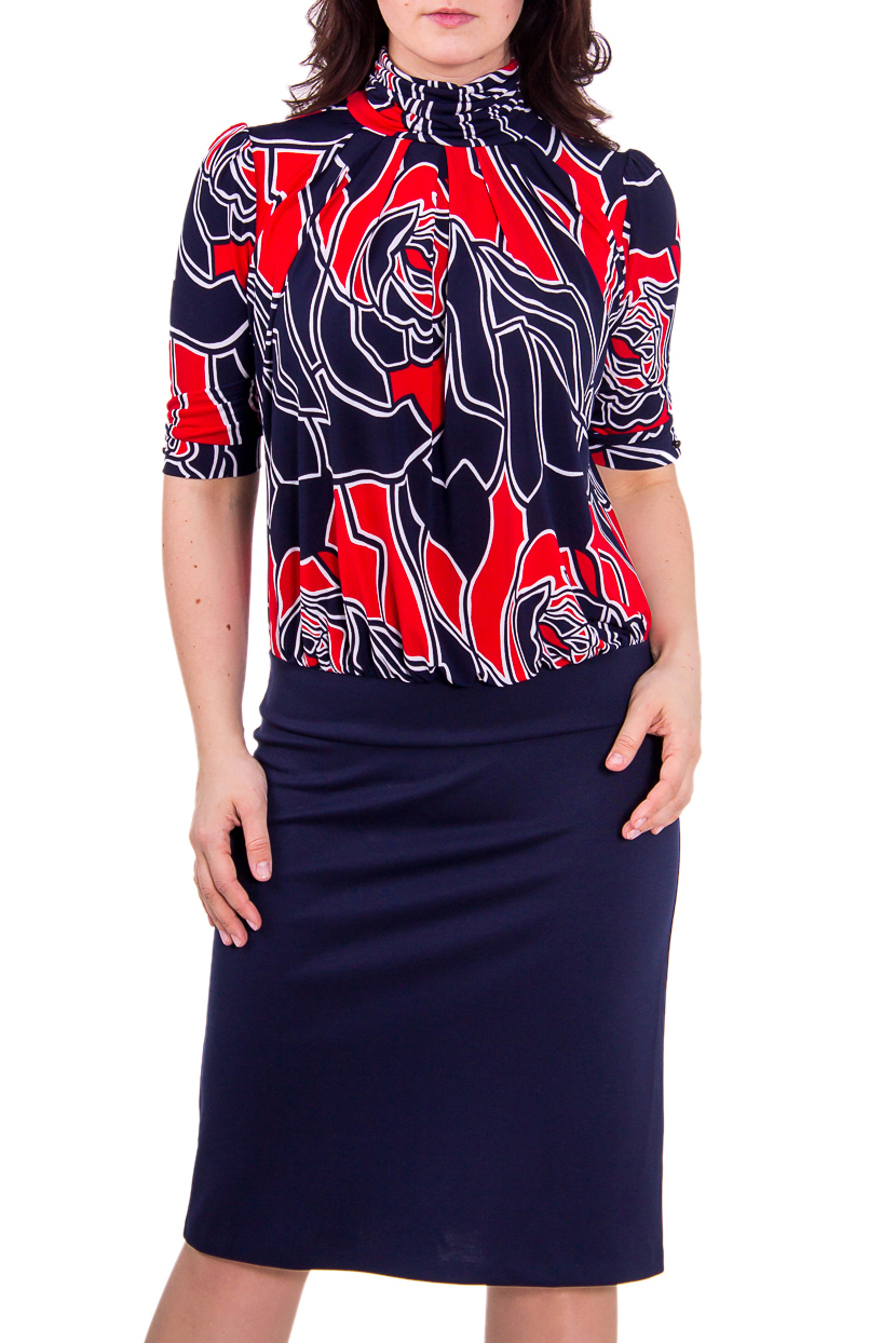ПлатьеПлатья<br>Элегантное женское платье для любого случая. Платье имитирует блузку с абстрактным принтом и однотонную юбку.  В изделии использованы цвета: синий, красный и др.<br><br>Воротник: Стойка<br>По материалу: Вискоза,Трикотаж<br>По рисунку: Цветные,С принтом<br>По сезону: Осень,Весна<br>По силуэту: Полуприталенные<br>По стилю: Повседневный стиль<br>По форме: Платье - футляр<br>По длине: Ниже колена<br>Рукав: До локтя<br>Размер : 48,52<br>Материал: Холодное масло<br>Количество в наличии: 2
