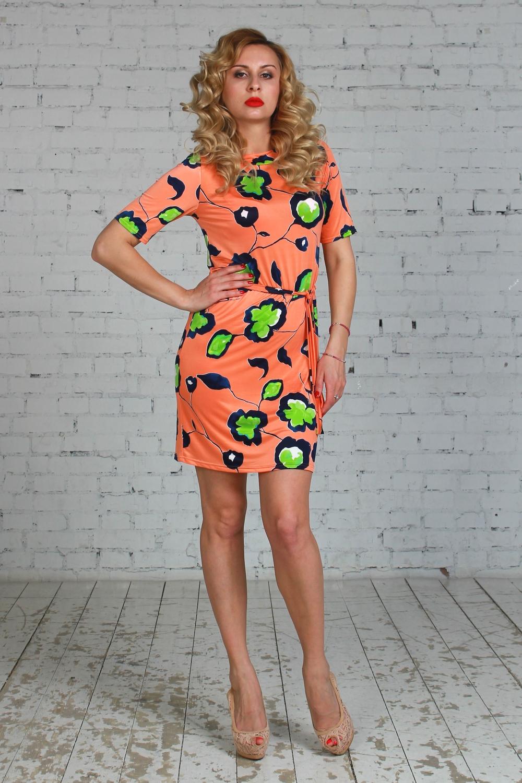 ПлатьеПлатья<br>Платье прямого силуэта из легкого струящегося трикотажного полотна с набивным рисунком. Рукав до локтя, вырез -лодочка. Платье без пояса.  Длина изделия от 90 см до 100 см, в зависимости от размера.  Цвет: оранжевый, салатовый, синий  Рост девушки-фотомодели 175 см<br><br>Горловина: Лодочка<br>По длине: До колена<br>По материалу: Вискоза,Трикотаж<br>По образу: Город,Свидание<br>По рисунку: Растительные мотивы,С принтом,Цветные<br>По силуэту: Приталенные<br>По стилю: Повседневный стиль<br>По форме: Платье - футляр<br>Рукав: До локтя<br>По сезону: Лето<br>Размер : 46,50<br>Материал: Холодное масло<br>Количество в наличии: 2