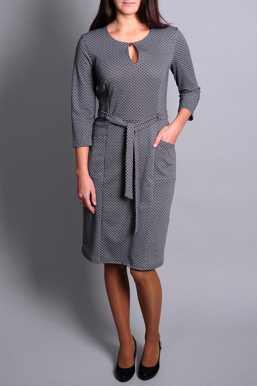 ПлатьеПлатья<br>Чудесное платье с декоративной капелькой и рукавами 3/4. Модель выполнена из приятного материала. Отличный выбор для повседневного гардероба. Платье без пояса.  В изделии использованы цвета: серый и др.  Ростовка изделия 170 см.<br><br>Горловина: С- горловина<br>По длине: До колена<br>По материалу: Вискоза,Трикотаж<br>По рисунку: С принтом,Цветные<br>По сезону: Зима,Осень,Весна<br>По силуэту: Полуприталенные<br>По стилю: Кэжуал,Повседневный стиль<br>По форме: Платье - футляр<br>По элементам: С карманами<br>Рукав: Рукав три четверти<br>Размер : 46,48,50,54<br>Материал: Трикотаж<br>Количество в наличии: 4