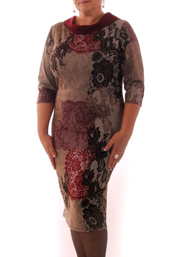 ПлатьеПлатья<br>Женское платье с отложным воротничком и рукавами 3/4. Модель выполнена из приятного трикотажа. Отличный выбор для повседневного гардероба.  Цвет: серо-розовый, бордовый, черный  Рост девушки-фотомодели 164 см.<br><br>Воротник: Отложной<br>По материалу: Трикотаж<br>По рисунку: Абстракция,Цветные,С принтом<br>По сезону: Весна,Осень,Зима<br>По стилю: Повседневный стиль<br>По форме: Платье - футляр<br>По элементам: С воротником<br>Рукав: Рукав три четверти<br>По силуэту: Приталенные<br>По длине: До колена<br>Размер : 46,48,50<br>Материал: Трикотаж<br>Количество в наличии: 13