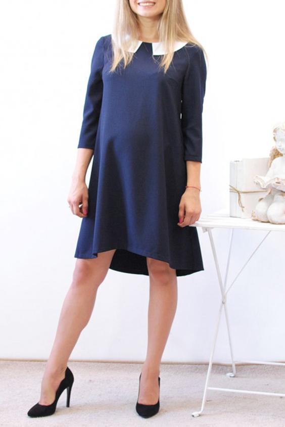 ПлатьеПлатья<br>Платье-трапеция прекрасно подходит женщинам с самым разным типом фигуры. Весьма популярен крой трапеция в нарядах, предназначенных для будущих мам, очень удобно для беременных женщин, оно не доставляет неудобств, позволяет чувствовать себя свободно и выглядеть стильно и элегантно. Расклешённое от линии груди оно удачно скрывает небольшой живот на первых месяцах беременности, и отлично подойдёт до её окончания. Модель имеет рукав 3/4 , округлый вырез с белам съемным воротничком.  К такому платью можно подобрать яркую бижутерию, даже легкомысленную, а также небольшую сумочку любого фасона.  Параметры 42 размера: Длина изделия по спинке 89 см  Длина рукава 43 см  В изделии использованы цвета: синий, белый  Ростовка изделия 170 см<br><br>Воротник: Отложной<br>Горловина: С- горловина<br>По длине: До колена<br>По материалу: Тканевые<br>По рисунку: Однотонные<br>По силуэту: Свободные<br>По стилю: Офисный стиль,Повседневный стиль<br>По форме: Платье - трапеция<br>По элементам: С фигурным низом<br>Рукав: Рукав три четверти<br>По сезону: Осень,Весна,Зима<br>Размер : 46,48<br>Материал: Плательная ткань<br>Количество в наличии: 2