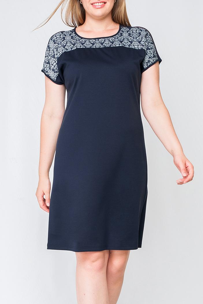 ПлатьеПлатья<br>Прекрасное женское платье с круглой горловиной и короткими рукавами. Модель выполнена из приятного трикотажа. Отличный выбор для повседневного и делового гардероба.  Цвет: синий, белый  Параметры изделия: 44 размер: полуобхват по линии бедра - 49,5 см, длина изделия по спинке - 92 см;  52 размер: полуобхват по линии бедра - 59,5 см, длина изделия по спинке - 96 см.  Рост девушки-фотомодели 170 см<br><br>Горловина: С- горловина<br>По длине: До колена<br>По материалу: Трикотаж<br>По образу: Город,Свидание<br>По рисунку: Цветные,С принтом<br>По сезону: Весна,Осень<br>По силуэту: Свободные<br>По стилю: Повседневный стиль<br>Рукав: Короткий рукав<br>Размер : 50,52,54,56,58,60<br>Материал: Джерси<br>Количество в наличии: 1