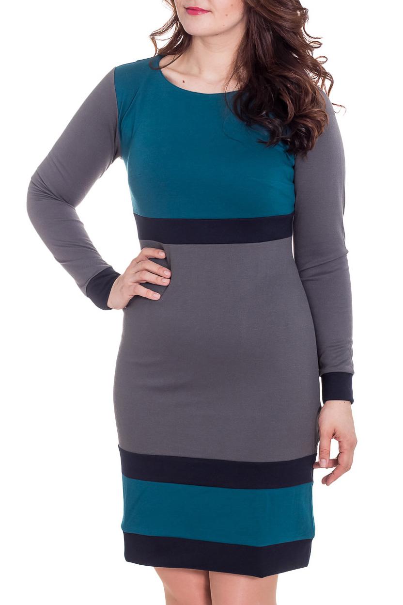 ПлатьеПлатья<br>Стильное платье из теплого трикотажа джерси с оригинальной комбинацией однотонных полосок.   Длина в 46 - 48 размерах  - 102 см, в 50-54 размерах 107 см.  Цвет: серый, бирюзовый, черный  Рост девушки-фотомодели 180 см.<br><br>Горловина: С- горловина<br>По длине: До колена<br>По материалу: Трикотаж<br>По рисунку: Цветные,В полоску,С принтом<br>По стилю: Повседневный стиль<br>По форме: Платье - футляр<br>По элементам: С манжетами<br>Рукав: Длинный рукав<br>По сезону: Осень,Весна,Зима<br>По силуэту: Приталенные<br>Размер : 48<br>Материал: Джерси<br>Количество в наличии: 1