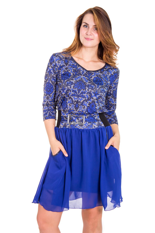 ПлатьеПлатья<br>Женское платье с V-образной горловиной и рукавами 3/4. Модель выполнена из приятного трикотажа с воздушным шифоном. Отличный выбор для любого торжества.  Цвет: синий, серый, черный  Рост девушки-фотомодели 180 см.<br><br>По образу: Выход в свет,Свидание<br>По стилю: Нарядный стиль,Повседневный стиль<br>По материалу: Вискоза,Трикотаж,Шифон<br>По рисунку: Абстракция,Цветные<br>По сезону: Всесезон,Зима,Лето,Осень,Весна<br>По силуэту: Полуприталенные<br>По элементам: С декором<br>По форме: Платье - футляр<br>По длине: До колена<br>Рукав: Рукав три четверти<br>Горловина: V- горловина<br>Размер: 48,50,52,54,56,58<br>Материал: 50% вискоза 50% полиэстер<br>Количество в наличии: 3