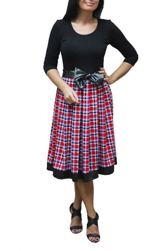 ПлатьеПлатья<br>Эффектное платье с круглой горловиной и рукавами 3/4. Модель выполнена из приятного трикотажа. Отличный выбор для повседневного гардероба.  Цвет: черный, красный  Рост девушки-фотомодели 167 см.<br><br>Горловина: С- горловина<br>По длине: Ниже колена<br>По материалу: Вискоза,Трикотаж<br>По образу: Город,Свидание<br>По рисунку: Цветные,В клетку<br>По сезону: Весна,Осень<br>По силуэту: Полуприталенные<br>По стилю: Повседневный стиль<br>По форме: Беби - долл<br>Рукав: Рукав три четверти<br>Размер : 44,46,50,52,54,56,58<br>Материал: Трикотаж<br>Количество в наличии: 18