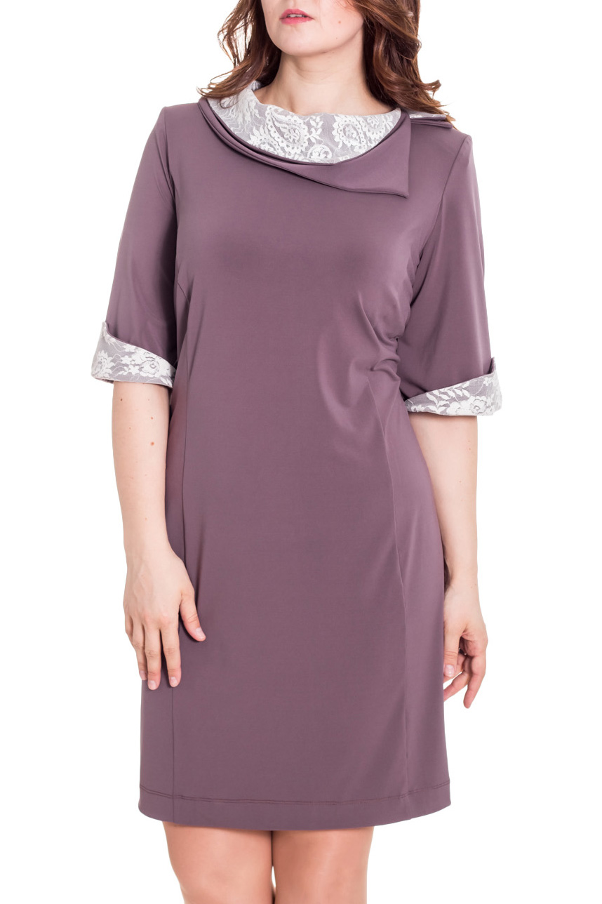 ПлатьеПлатья<br>Трикотажное платье, ткань плотная, двойного плетения. Блеск на ткани отсутствует. По спинке изделие приталено, платье имеет элегантный вид, можно использовать для офиса. Рукав укороченный, украшен манжетом с гипюром. Горловина украшена двойным воротником с гипюрорм.   Цвет: какао, белый  Рост девушки-фотомодели 180 см<br><br>Воротник: Фантазийный<br>По длине: До колена<br>По материалу: Гипюр,Тканевые<br>По рисунку: Однотонные<br>По сезону: Весна,Зима,Лето,Осень,Всесезон<br>По силуэту: Полуприталенные<br>По стилю: Нарядный стиль,Повседневный стиль,Вечерний стиль<br>По форме: Платье - футляр<br>По элементам: С декором,С манжетами<br>Рукав: До локтя<br>Размер : 66<br>Материал: Плательная ткань + Гипюр<br>Количество в наличии: 1