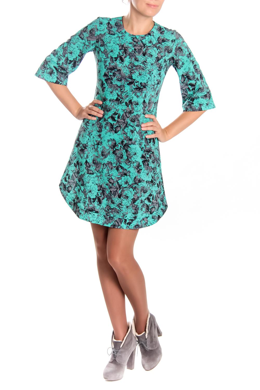 ПлатьеПлатья<br>Красивое женское платье с круглой горловиной и рукавами 3/4. Модель выполнена из плательной ткани с абстрактным принтом. Отличный выбор для любого случая.  Длина изделия: 44 размер 92 см 46 размер 92 см 48 размер 92 см 50 размер 92 см 52 размер 92 см 54 размер 92 см 56 размер 92 см  Длина рукава: 44 размер 41 см 46 размер 41 см 48 размер 42 см 50 размер 42 см 52 размер 42 см 54 размер 42 см 56 размер 42 см  Цвет: бирюзовый, черный<br><br>Горловина: С- горловина<br>По длине: До колена<br>По материалу: Тканевые<br>По рисунку: Цветные,С принтом<br>По сезону: Весна,Осень,Зима<br>По силуэту: Полуприталенные<br>По стилю: Повседневный стиль<br>Рукав: Рукав три четверти<br>По форме: Платье - трапеция<br>Размер : 50<br>Материал: Плательная ткань<br>Количество в наличии: 1