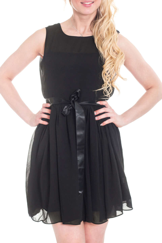 ПлатьеПлатья<br>Элегантное и женственное платье, которое подойдет любому типу фигуры, выполненное из струящегося шифона на подкладе. Пояс в комплект не входит.  Цвет: черный.  Рост девушки-фотомодели 170 см.<br><br>Горловина: С- горловина<br>По длине: До колена<br>По материалу: Шифон<br>По рисунку: Однотонные<br>По силуэту: Свободные<br>По стилю: Повседневный стиль,Нарядный стиль,Летний стиль<br>По форме: Платье - трапеция<br>По элементам: С подкладом<br>Рукав: Без рукавов<br>По сезону: Лето<br>Размер : 48<br>Материал: Шифон<br>Количество в наличии: 1