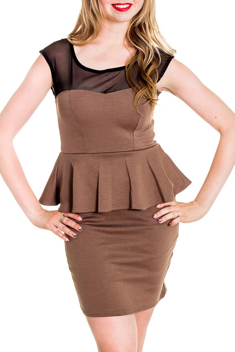 ПлатьеПлатья<br>Нарядное платье с декоративной вставки на плечах из гипюровой сетки. Модель выполнена из приятного материала. Отличный выбор для любого случая.  Цвет: бежево-коричневый, черный  Рост девушки-фотомодели 170 см<br><br>Горловина: С- горловина<br>По длине: До колена<br>По материалу: Вискоза,Гипюровая сетка<br>По рисунку: Цветные<br>По сезону: Весна,Зима,Лето,Осень,Всесезон<br>По силуэту: Приталенные<br>По стилю: Нарядный стиль<br>По форме: Платье - футляр<br>По элементам: С баской<br>Рукав: Без рукавов<br>Размер : 42-44,44-46,46-48<br>Материал: Вискоза + Гипюровая сетка<br>Количество в наличии: 3