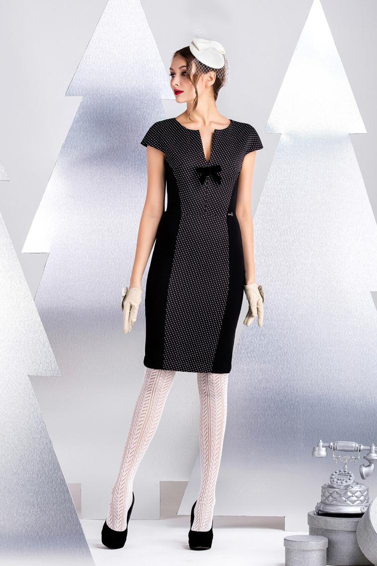 ПлатьеПлатья<br>Платье-футляр с плотной комфортной посадкой по фигуре. Изделие выполнено из хлопково-вискозного джерси которое не только иделально в носке, но и обладает способностью корректировать силуэт фигуры. Дизайн изделия так же создает визуальную иллюзию стройности и удлинняет фигуру. Спущенная плечевая линия, длина изделия от талии 55 см (для размера 44).  В изделии использованы цвета: черный, белый  Рост девушки-фотомодели 172 см.<br><br>Горловина: Фигурная горловина<br>По длине: До колена<br>По материалу: Трикотаж<br>По рисунку: В горошек,С принтом,Цветные<br>По силуэту: Приталенные<br>По стилю: Повседневный стиль<br>По форме: Платье - футляр<br>По элементам: С декором,С молнией<br>Рукав: Короткий рукав<br>По сезону: Осень,Весна<br>Размер : 40,42,44,46,48<br>Материал: Трикотаж<br>Количество в наличии: 5