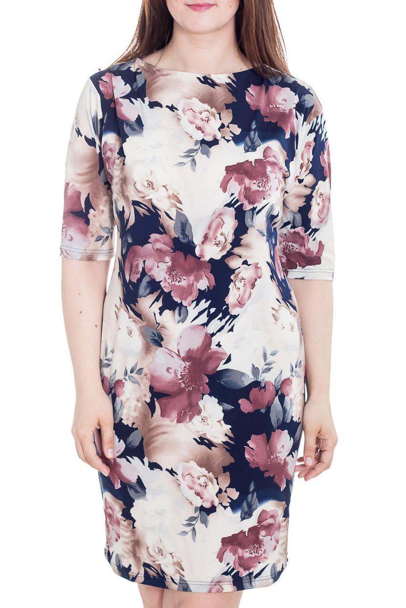 ПлатьеПлатья<br>Чудесное платье с ярким принтом. Модель выполнена из приятного материала. Отличный выбор для любого случая.  Цвет: синий, белый, розовый, бежевый  Рост девушки-фотомодели 180 см.<br><br>Горловина: С- горловина<br>По длине: До колена<br>По материалу: Трикотаж<br>По рисунку: Растительные мотивы,С принтом,Цветные,Цветочные<br>По сезону: Лето,Осень,Весна<br>По силуэту: Полуприталенные<br>По стилю: Повседневный стиль,Романтический стиль<br>По форме: Платье - футляр<br>Рукав: Рукав три четверти<br>Размер : 52,54,56,58,60,62,64,66,68,70<br>Материал: Холодное масло<br>Количество в наличии: 43