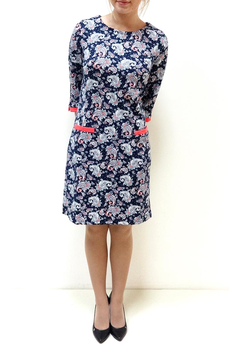ПлатьеПлатья<br>Красивое женское платье с круглой горловиной и рукавами 3/4. Модель выполнена из приятного трикотажа. Отличный выбор для повседневного гардероба.  Цвет: синий, голубой, коралловый  Рост девушки-фотомодели 166 см.<br><br>Горловина: С- горловина<br>По длине: До колена<br>По материалу: Вискоза,Трикотаж<br>По образу: Город,Свидание<br>По рисунку: Цветные,С принтом,Этнические,Растительные мотивы<br>По сезону: Весна,Осень<br>По силуэту: Полуприталенные<br>По стилю: Повседневный стиль<br>Рукав: Рукав три четверти<br>По форме: Платье - футляр<br>Размер : 46,48,50,52<br>Материал: Трикотаж<br>Количество в наличии: 6