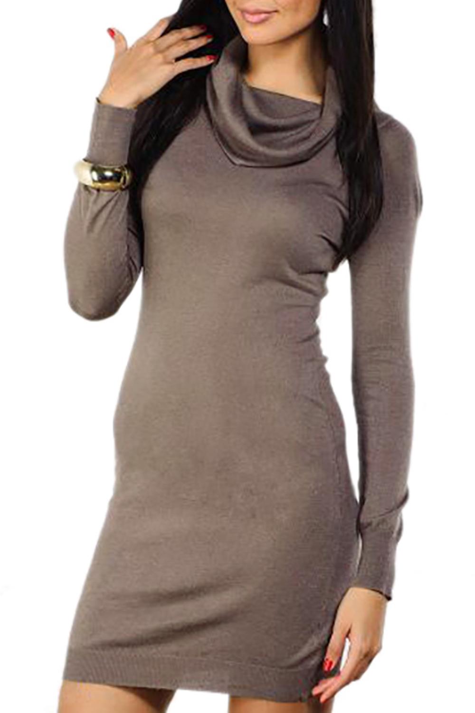 ПлатьеПлатья<br>Женское платье с длинными рукавами. Модель выполнена из вязаного трикотажа. Вязаный трикотаж - это красота, тепло и комфорт. В вязаных вещах очень легко оставаться женственной и в то же время не замёрзнуть.  Цвет: коричневый<br><br>По длине: До колена<br>По материалу: Вязаные,Трикотаж<br>По образу: Город,Свидание<br>По сезону: Зима<br>По силуэту: Полуприталенные<br>По стилю: Повседневный стиль<br>Рукав: Длинный рукав<br>Воротник: Хомут<br>По рисунку: Однотонные<br>Размер : 46,48,50<br>Материал: Вязаное полотно<br>Количество в наличии: 12