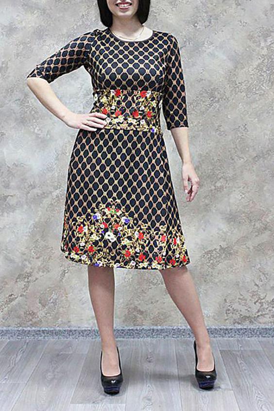 ПлатьеПлатья<br>Стильное женское платье из приятного трикотажа. Длина рукава до локтя.  Цвет: черный и др.  Рост девушки-фотомодели 170 см<br><br>Горловина: С- горловина<br>По длине: До колена<br>По материалу: Трикотаж<br>По рисунку: Цветные,Растительные мотивы,С принтом,Цветочные<br>По стилю: Повседневный стиль<br>По форме: Платье - трапеция<br>Рукав: Рукав три четверти<br>По сезону: Зима<br>По силуэту: Приталенные<br>Размер : 44,46,50,54,56,58<br>Материал: Трикотаж<br>Количество в наличии: 10
