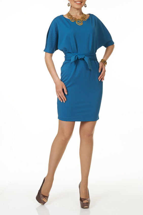 ПлатьеПлатья<br>Короткое платье благородного цвета и рукавом «летучая мышь» добавит элегантности в повседневный стиль. Платье без пояса.  Цвет: сине-голубой  Ростовка изделия 170 см<br><br>Горловина: С- горловина<br>По длине: До колена<br>По материалу: Жаккард<br>По рисунку: Однотонные,Фактурный рисунок<br>По силуэту: Полуприталенные<br>По стилю: Повседневный стиль<br>По форме: Платье - футляр<br>Рукав: До локтя<br>По сезону: Осень,Весна,Зима<br>Размер : 44,46,48,50,52<br>Материал: Жаккард<br>Количество в наличии: 15