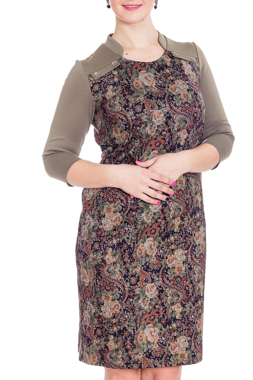 ПлатьеПлатья<br>Великолепное платье с интересным принтом. Модель выполнена из приятного трикотажа. Отличный выбор для повседневного гардероба.  В изделии использованы цвета: бежевый, коричневый и др.  Рост девушки-фотомодели 180 см<br><br>Горловина: С- горловина<br>По длине: Ниже колена<br>По материалу: Трикотаж<br>По образу: Город,Свидание<br>По рисунку: С принтом,Цветные<br>По силуэту: Приталенные<br>По стилю: Повседневный стиль<br>По форме: Платье - футляр<br>По элементам: С декором<br>Рукав: Рукав три четверти<br>По сезону: Осень,Весна,Зима<br>Размер : 46,50,52,58<br>Материал: Трикотаж<br>Количество в наличии: 4