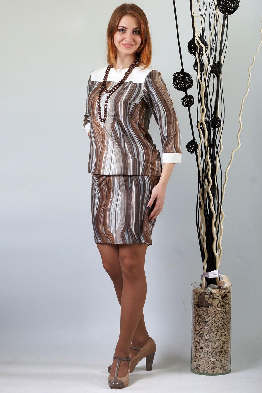 ПлатьеПлатья<br>Комфортное платье свободного кроя из нежной замши. Молочная кокетка освежает образ. Модель подойдет как для работы так и для отдыха. Рукав 3/4.  Длина около 96-110 см. в зависимости от размера  Цвет: бежевый, серый, коричневый, белый  Ростовка изделия 170 см.<br><br>Горловина: С- горловина<br>По длине: До колена<br>По материалу: Вискоза,Замша<br>По рисунку: В полоску,С принтом,Цветные<br>По силуэту: Полуприталенные<br>По стилю: Повседневный стиль<br>По форме: Платье - футляр<br>По элементам: С манжетами<br>Рукав: Рукав три четверти<br>По сезону: Осень,Весна,Зима<br>Размер : 48,58<br>Материал: Замша<br>Количество в наличии: 3