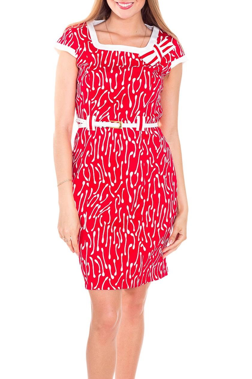 ПлатьеПлатья<br>Красивое и удобное летнее платье. Модель выполнена из приятного материала. Отличный выбор для повседневного гардероба. Платье без ремня.  Цвет: красный, белый  Рост девушки-фотомодели 170 см.<br><br>Горловина: Квадратная горловина<br>По длине: До колена<br>По материалу: Тканевые,Хлопок<br>По образу: Город,Свидание<br>По рисунку: С принтом,Цветные<br>По силуэту: Приталенные<br>По стилю: Повседневный стиль<br>По форме: Платье - футляр<br>Рукав: Короткий рукав<br>По сезону: Лето<br>Размер : 46<br>Материал: Плательная ткань<br>Количество в наличии: 1
