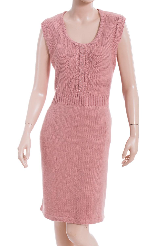 СарафанПлатья<br>Великолепное платье без рукавов. Модель выполнена из вязаного трикотажа. Платье отлично смотрится с блузками и водолазками. Джемпер в комплект не входит.  В изделии использованы цвета: розовый  Ростовка изделия 170 см.<br><br>Горловина: С- горловина<br>По длине: До колена<br>По материалу: Вязаные,Трикотаж<br>По образу: Город,Свидание<br>По рисунку: Однотонные,Фактурный рисунок<br>По сезону: Зима,Осень,Весна<br>По силуэту: Приталенные<br>По стилю: Повседневный стиль<br>Рукав: Без рукавов<br>Размер : 54<br>Материал: Вязаное полотно<br>Количество в наличии: 1