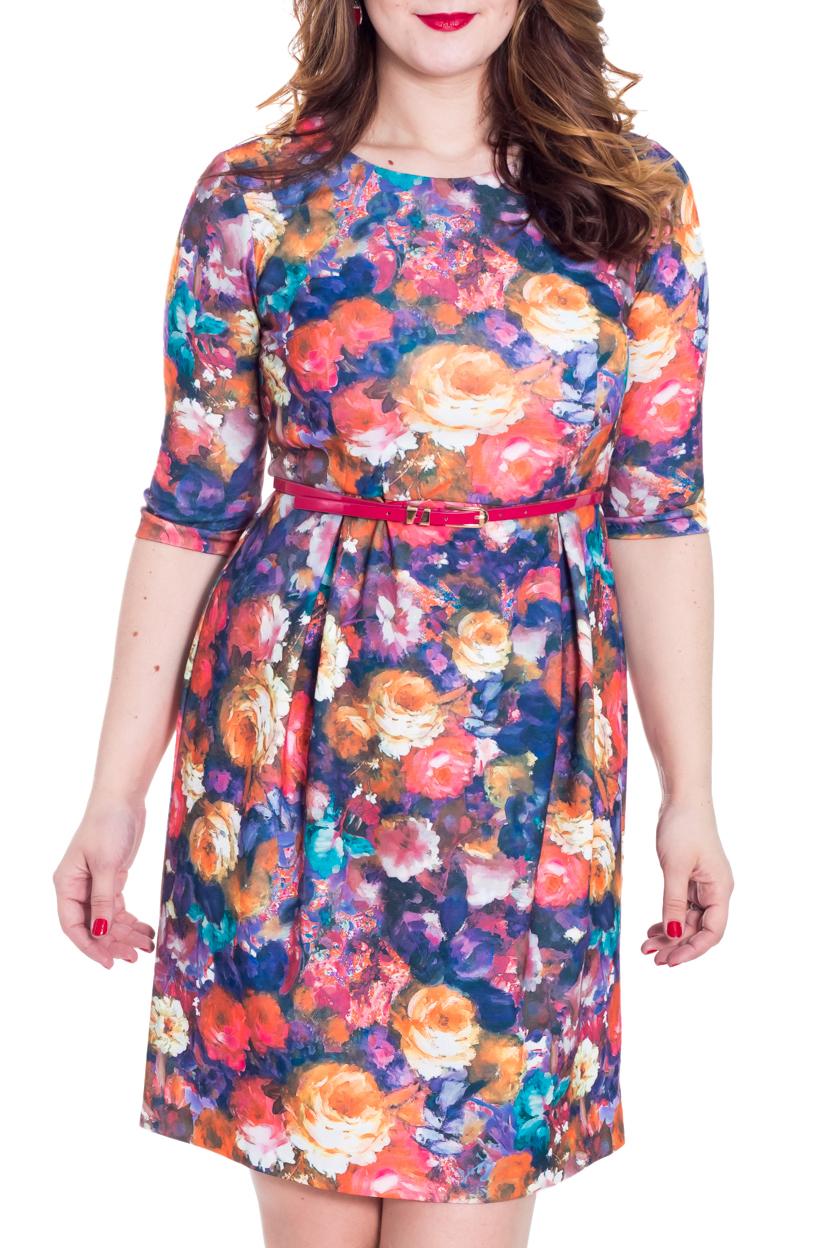 ПлатьеПлатья<br>Повседневное платье с круглой горловиной и рукавами 3/4. Модель выполнена из приятного трикотажа с цветочным принтом. Отличный выбор для любого случая. Платье дополнено поясом.  Цвет: синий, коралловый, розовый  Рост девушки-фотомодели 180 см.<br><br>По образу: Город,Свидание<br>По стилю: Повседневный стиль<br>По материалу: Трикотаж<br>По рисунку: Растительные мотивы,Цветные,Цветочные<br>По сезону: Зима<br>По силуэту: Полуприталенные<br>По элементам: С поясом<br>По форме: Платье - трапеция<br>По длине: До колена<br>Рукав: Рукав три четверти<br>Горловина: С- горловина<br>Размер: 50,52<br>Материал: 60% полиэстер 35% вискоза 5% эластан<br>Количество в наличии: 1