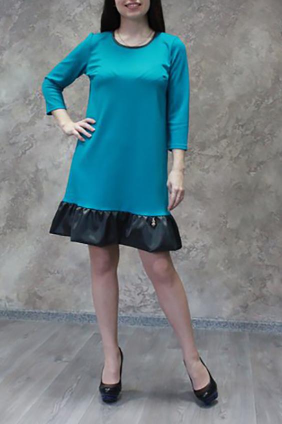 ПлатьеПлатья<br>Великолепное платье трапециевидной формы. Модель выполнена из плотного трикотажа с отделкой из атласа. Отличный выбор для любого случая.  Цвет: голубой, черный  Ростовка изделия 170 см<br><br>Горловина: С- горловина<br>По длине: До колена<br>По материалу: Атлас,Трикотаж<br>По рисунку: Однотонные<br>По силуэту: Свободные<br>По стилю: Офисный стиль,Повседневный стиль<br>По форме: Платье - трапеция<br>По элементам: С воланами и рюшами<br>Рукав: Рукав три четверти<br>По сезону: Осень,Весна,Зима<br>Размер : 44,46,50,52,54<br>Материал: Джерси + Атлас<br>Количество в наличии: 5