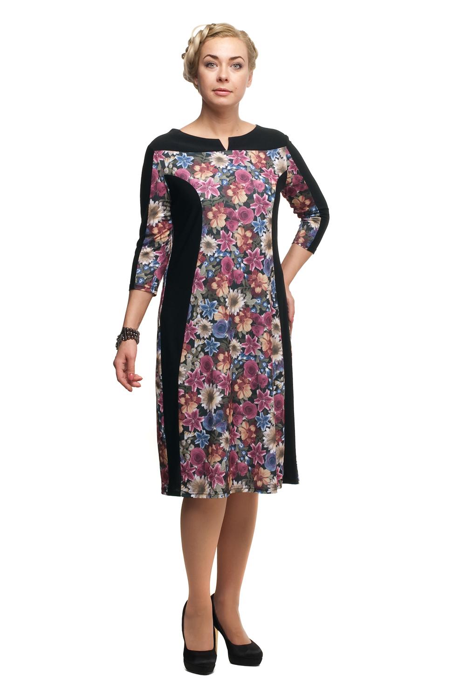 ПлатьеПлатья<br>Цветное платье с фигурной горловиной и рукавами 3/4. Модель выполнена из мягкого трикотажа. Отличный выбор для повседневного гардероба.  В изделии использованы цвета: черный, розовый, голубой и др.  Рост девушки-фотомодели 180 см<br><br>Горловина: Фигурная горловина<br>По длине: До колена<br>По материалу: Трикотаж<br>По образу: Город,Свидание<br>По рисунку: Растительные мотивы,С принтом,Цветные,Цветочные<br>По силуэту: Приталенные<br>По стилю: Повседневный стиль<br>По форме: Платье - футляр<br>Рукав: Рукав три четверти<br>По сезону: Осень,Весна,Зима<br>Размер : 48,52,54,56,58,60,64,66,70<br>Материал: Холодное масло<br>Количество в наличии: 10