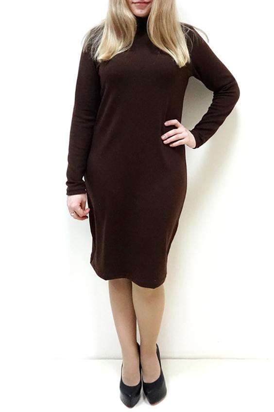 ПлатьеПлатья<br>Однотонное платье с воротником quot;стойкаquot; и длинными рукавами. Модель выполнена из приятного трикотажа. Отличный выбор для повседневного и делового гардероба.  Цвет: коричневый  Рост девушки-фотомодели 162 см<br><br>Воротник: Стойка<br>По длине: Ниже колена<br>По материалу: Трикотаж<br>По рисунку: Однотонные<br>По силуэту: Полуприталенные,Приталенные<br>По стилю: Классический стиль,Офисный стиль,Повседневный стиль,Кэжуал<br>По форме: Платье - футляр,Платье - карандаш<br>Рукав: Длинный рукав<br>По сезону: Осень,Весна,Зима<br>По элементам: С воротником<br>Размер : 46,48,50,52,54,56<br>Материал: Трикотаж<br>Количество в наличии: 6