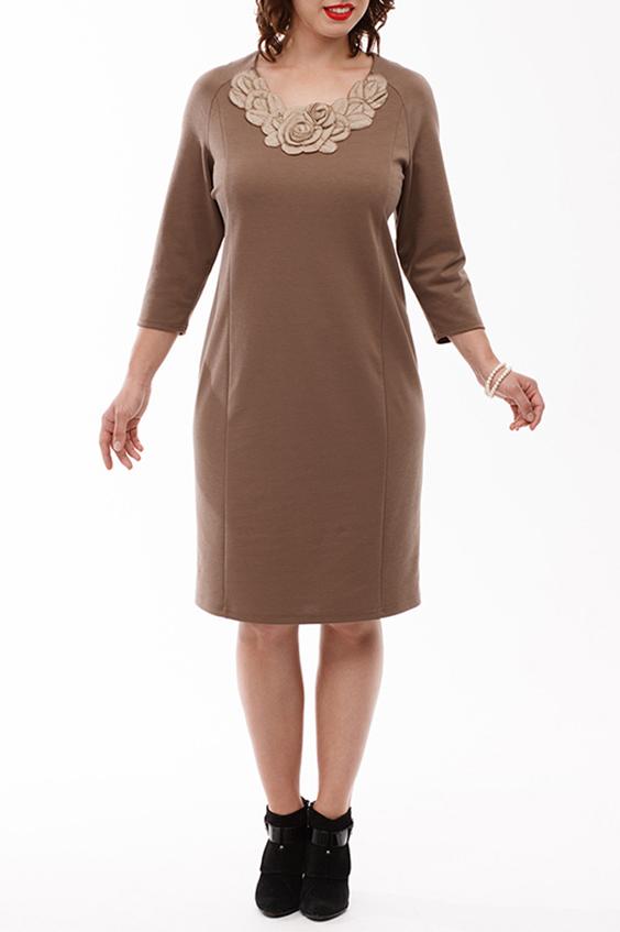 ПлатьеПлатья<br>Шикарное теплое платье прямого силуэта зауженное к низу выполнено из мягкого трикотажного полотна. Вырез горловины ассиметричный, украшен вязанным пришивным элементом. Рукав реглан 3/4.  Длина изделия по спинке: 100 см  В изделии использованы цвета: бежевый  Рост девушки-фотомодели 168 см<br><br>Горловина: С- горловина<br>По длине: До колена<br>По материалу: Вискоза,Трикотаж<br>По рисунку: Однотонные<br>По силуэту: Полуприталенные<br>По стилю: Нарядный стиль,Повседневный стиль<br>По форме: Платье - футляр<br>По элементам: С декором<br>Рукав: Рукав три четверти<br>По сезону: Осень,Весна,Зима<br>Размер : 50,52,54,56,58,60<br>Материал: Трикотаж<br>Количество в наличии: 12