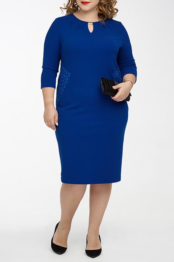ПлатьеПлатья<br>Успех женщины в карьере во многом зависит от одежды, которую она носит. Поэтому, если вы хотите стать успешной, советуем приобрести это эксклюзивное платье.  Цвет: синий.  Ростовка изделия 170 см.<br><br>Горловина: Фигурная горловина<br>По длине: Ниже колена<br>По материалу: Трикотаж<br>По рисунку: Однотонные<br>По силуэту: Приталенные<br>По стилю: Нарядный стиль,Повседневный стиль<br>По форме: Платье - футляр<br>По элементам: С декором<br>Рукав: Рукав три четверти<br>По сезону: Осень,Весна,Зима<br>Размер : 48,50,52<br>Материал: Трикотаж + Гипюр<br>Количество в наличии: 4
