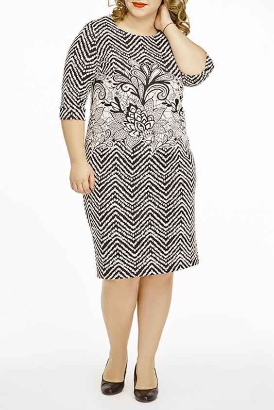 ПлатьеПлатья<br>Цветное платье с круглой горловиной и рукавами 3/4. Модель выполнена из плотного трикотажа. Отличный выбор для повседневного гардероба.  В изделии использованы цвета: черный, белый  Ростовка изделия 164-170 см.  Параметры размеров: 40 размер - обхват груди 80 см., обхват талии 62 см., обхват бедер 86 см. 42 размер - обхват груди 84 см., обхват талии 66 см., обхват бедер 90 см. 44 размер - обхват груди 88 см., обхват талии 70 см., обхват бедер 94 см. 46 размер - обхват груди 92 см., обхват талии 74 см., обхват бедер 98 см. 48 размер - обхват груди 96 см., обхват талии 78 см., обхват бедер 102 см. 50 размер - обхват груди 100 см., обхват талии 82 см., обхват бедер 106 см. 52 размер - обхват груди 104 см., обхват талии 86 см., обхват бедер 110 см. 54 размер - обхват груди 110 см., обхват талии 92 см., обхват бедер 116 см. 56 размер - обхват груди 116 см., обхват талии 98 см., обхват бедер 122 см. 58 размер - обхват груди 122 см., обхват талии 104 см., обхват бедер 128 см. 60 размер - обхват груди 128 см., обхват талии 110 см., обхват бедер 134 см.<br><br>Горловина: С- горловина<br>По длине: Ниже колена<br>По материалу: Вискоза,Трикотаж<br>По рисунку: С принтом,Цветные<br>По сезону: Зима,Осень,Весна<br>По силуэту: Полуприталенные<br>По стилю: Повседневный стиль<br>Рукав: Рукав три четверти<br>Размер : 52,54,56,58,60<br>Материал: Трикотаж<br>Количество в наличии: 10