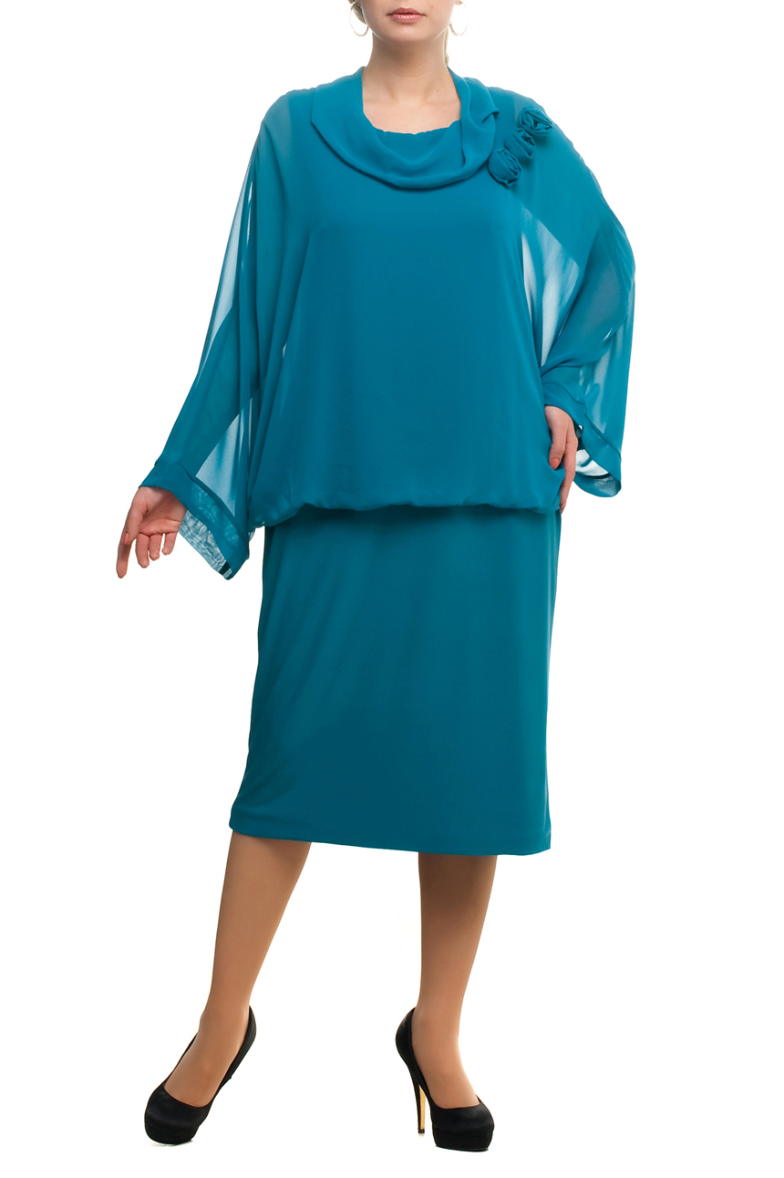 ПлатьеПлатья<br>Нарядное платье с рукавами из воздушного шифона. Модель выполнена из приятных материалов. Отличный выбор для любого торжества.  Цвет: голубой  Рост девушки-фотомодели 173 см.<br><br>Воротник: Хомут<br>По длине: Ниже колена<br>По материалу: Вискоза,Трикотаж,Шифон<br>По рисунку: Однотонные<br>По сезону: Весна,Зима,Лето,Осень,Всесезон<br>По силуэту: Полуприталенные<br>По стилю: Нарядный стиль,Вечерний стиль<br>По форме: Платье - футляр<br>По элементам: С декором<br>Рукав: Длинный рукав<br>Размер : 52,56,58,60,64,70<br>Материал: Холодное масло + Шифон<br>Количество в наличии: 8