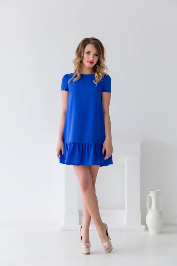 ПлатьеПлатья<br>Однотонное платье с круглой горловиной и короткими рукавами. Модель выполнена из приятного материала. Отличный выбор для любого случая.  В изделии использованы цвета: синий  Рост девушки-фотомодели 170 см.<br><br>Горловина: С- горловина<br>По длине: До колена<br>По материалу: Тканевые<br>По рисунку: Однотонные<br>По силуэту: Полуприталенные<br>По стилю: Нарядный стиль,Повседневный стиль<br>По форме: Платье - трапеция<br>По элементам: С воланами и рюшами<br>Рукав: Короткий рукав<br>По сезону: Лето<br>Размер : 46<br>Материал: Креп<br>Количество в наличии: 1