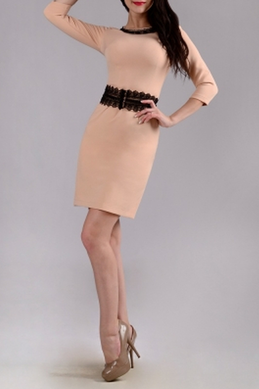 ПлатьеПлатья<br>Нарядное женское платье приталенного силуэта с округлой горловиной и рукавами 3/4. Застежка - молния.  Цвет: бежевый.  Рост девушки-фотомодели 170 см<br><br>Горловина: С- горловина<br>По длине: До колена<br>По материалу: Тканевые<br>По рисунку: Однотонные<br>По силуэту: Приталенные<br>По стилю: Нарядный стиль,Повседневный стиль,Романтический стиль<br>По форме: Платье - футляр<br>По элементам: С декором<br>Рукав: Рукав три четверти<br>По сезону: Осень,Весна,Зима<br>Размер : 42,46,48<br>Материал: Плательная ткань<br>Количество в наличии: 3