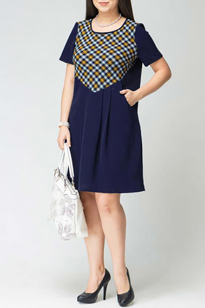 ПлатьеПлатья<br>Женское платье с круглой горловиной и короткими рукавами. Модель выполнена из приятного материала. Отличный выбор для повседневного гардероба.  Цвет: синий, белый, желтый  Рост девушки-фотомодели 170 см<br><br>Горловина: С- горловина<br>По длине: До колена<br>По материалу: Вискоза,Трикотаж<br>По рисунку: С принтом,Цветные,В клетку<br>По силуэту: Полуприталенные<br>По стилю: Повседневный стиль<br>По форме: Платье - трапеция<br>Рукав: Короткий рукав<br>По сезону: Осень,Весна,Зима<br>Размер : 46,48,50,56<br>Материал: Трикотаж<br>Количество в наличии: 11