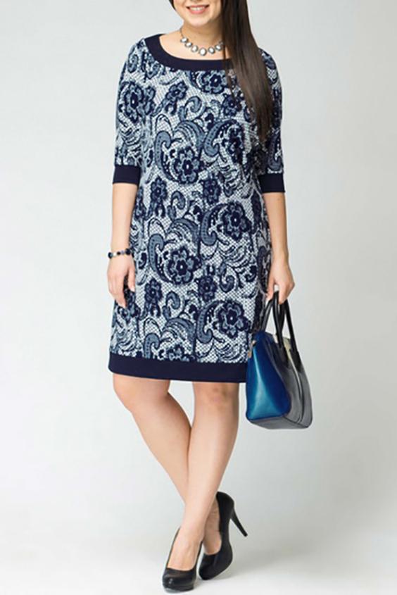 ПлатьеПлатья<br>Женское платье с круглой горловиной и рукавами 3/4. Модель выполнена из приятного материала. Отличный выбор для повседневного гардероба.  Цвет: голубой, синий  Рост девушки-фотомодели 170 см<br><br>Горловина: С- горловина<br>По длине: До колена<br>По материалу: Вискоза,Трикотаж<br>По рисунку: Растительные мотивы,С принтом,Цветные,Цветочные<br>По силуэту: Полуприталенные<br>По стилю: Повседневный стиль<br>По форме: Платье - футляр<br>По элементам: С манжетами<br>Рукав: Рукав три четверти<br>По сезону: Осень,Весна,Зима<br>Размер : 56,58<br>Материал: Трикотаж<br>Количество в наличии: 5