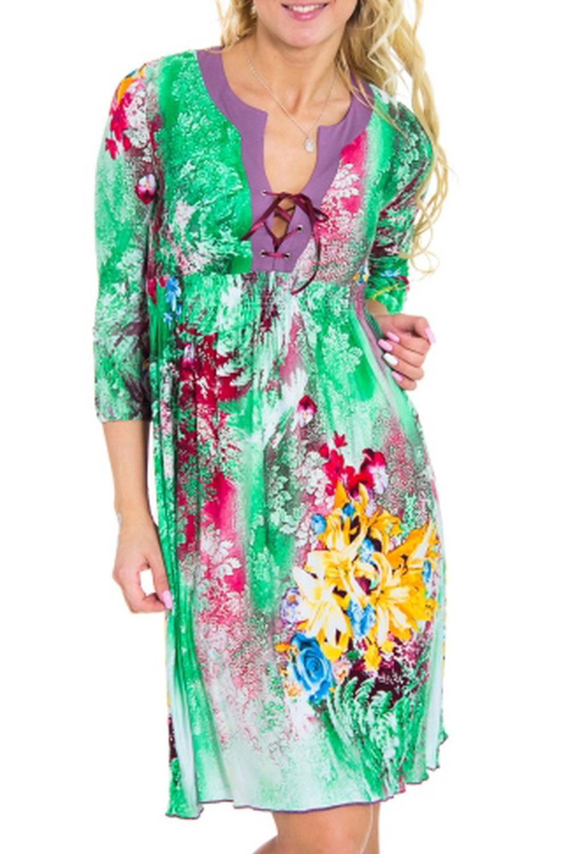 ПлатьеПлатья<br>Яркое женское платье. Модель выполнена из мягкой вискозы. Отличный выбор для повседневного гардероба.Цвет: зеленый, мультицветРостовка изделия 164 см.Рост девушки-фотомодели 170 см.<br><br>Рукав: Рукав три четверти<br>Материал: Вискоза,Трикотаж<br>Рисунок: Растительные мотивы,С принтом,Цветные,Цветочные<br>Сезон: Весна,Всесезон,Зима,Лето,Осень<br>Силуэт: Полуприталенные<br>Элементы: С декором<br>Размер : 42,44<br>Материал: Вискоза<br>Количество в наличии: 7