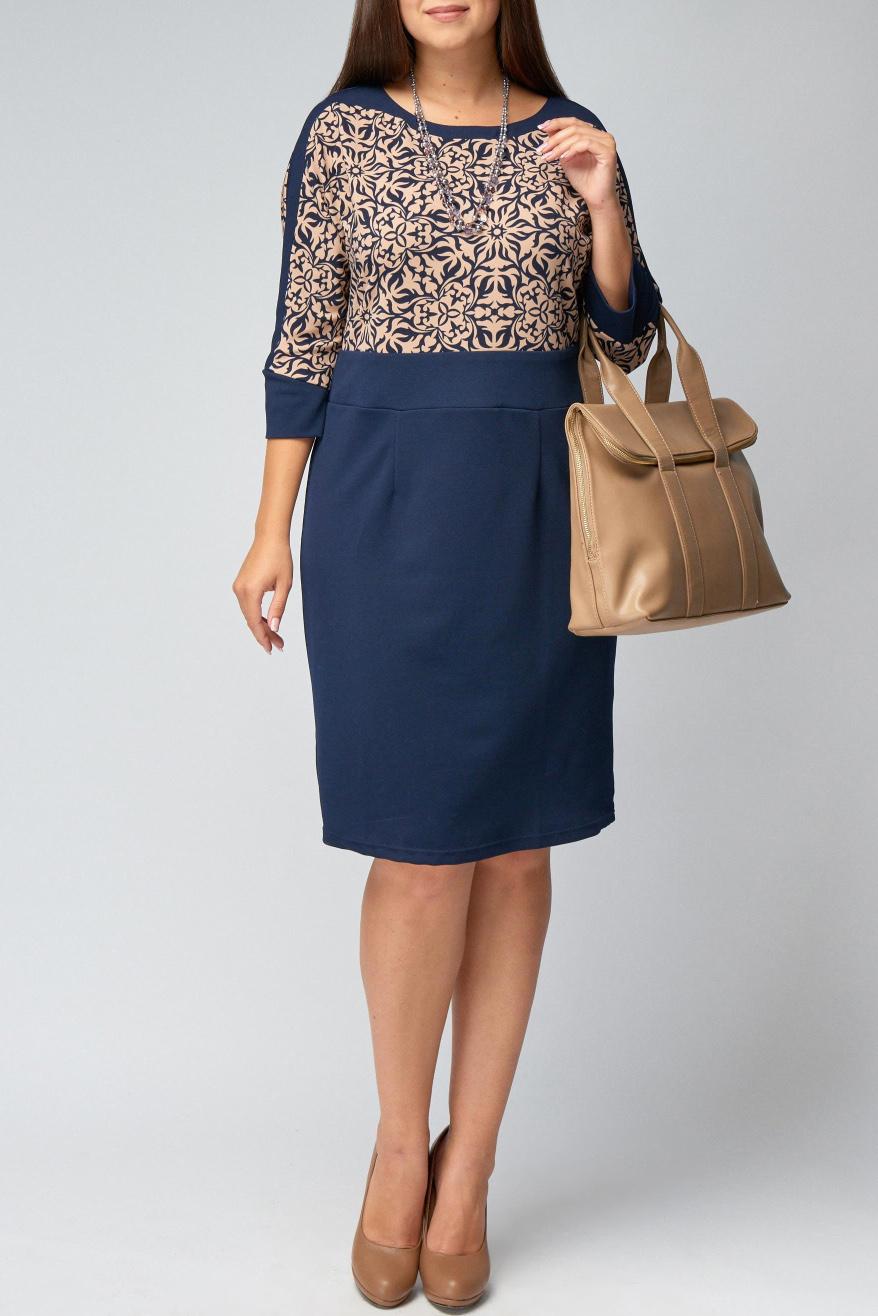 ПлатьеПлатья<br>Женское платье с круглой горловиной и рукавами 3/4. Модель выполнена из приятного материала. Отличный выбор для повседневного гардероба.  В изделии использованы цвета: синий, бежевый  Рост девушки-фотомодели 170 см<br><br>Горловина: С- горловина<br>По длине: До колена<br>По материалу: Вискоза,Трикотаж<br>По рисунку: С принтом,Цветные<br>По силуэту: Приталенные<br>По стилю: Повседневный стиль<br>По форме: Платье - футляр<br>По элементам: С манжетами<br>Рукав: Рукав три четверти<br>По сезону: Осень,Весна,Зима<br>Размер : 50,58,60<br>Материал: Трикотаж<br>Количество в наличии: 5