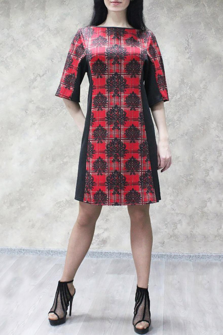 ПлатьеПлатья<br>Цветное платье трапециевидного силуэта. Модель выполнена из приятного трикотажа. Отличный выбор для любого случая.  В изделии использованы цвета: черный, красный  Ростовка изделия 170 см<br><br>Горловина: Лодочка<br>По длине: До колена<br>По материалу: Трикотаж<br>По рисунку: С принтом,Цветные<br>По силуэту: Полуприталенные<br>По стилю: Повседневный стиль<br>По форме: Платье - трапеция<br>Рукав: До локтя<br>По сезону: Осень,Весна,Зима<br>Размер : 52,54,56,58<br>Материал: Трикотаж<br>Количество в наличии: 11