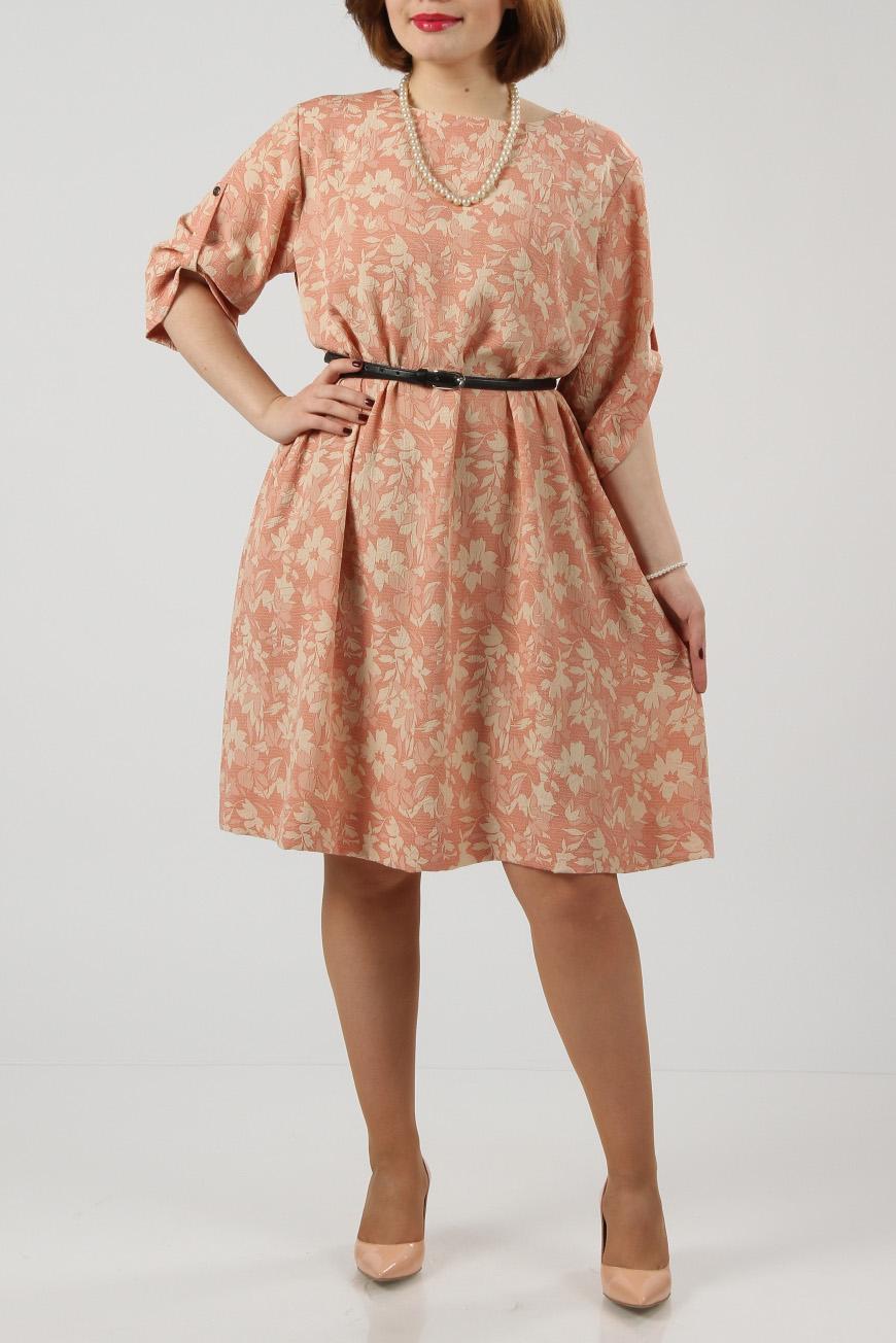 ПлатьеПлатья<br>Красивое и модное платье из набивной костюмной ткани персикового цвета. Фасон свободный. Рукав свободный, украшен патой, которая застёгивается на кнопку.  Сзади - застёжка на декоративную пуговицу. Боковые вшивные карманы.  Платье без пояса.  Длина изделия - 100 см.  Цвет: персиковый, бежевый  Рост девушки-фотомодели 174 см<br><br>Горловина: С- горловина<br>По длине: До колена<br>По материалу: Вискоза,Тканевые<br>По образу: Город,Свидание<br>По рисунку: Растительные мотивы,С принтом,Цветные,Цветочные<br>По силуэту: Полуприталенные<br>По стилю: Повседневный стиль<br>По форме: Платье - трапеция<br>По элементам: С патами<br>Рукав: Рукав три четверти<br>По сезону: Осень,Весна<br>Размер : 46,48,50,52<br>Материал: Плательная ткань<br>Количество в наличии: 4