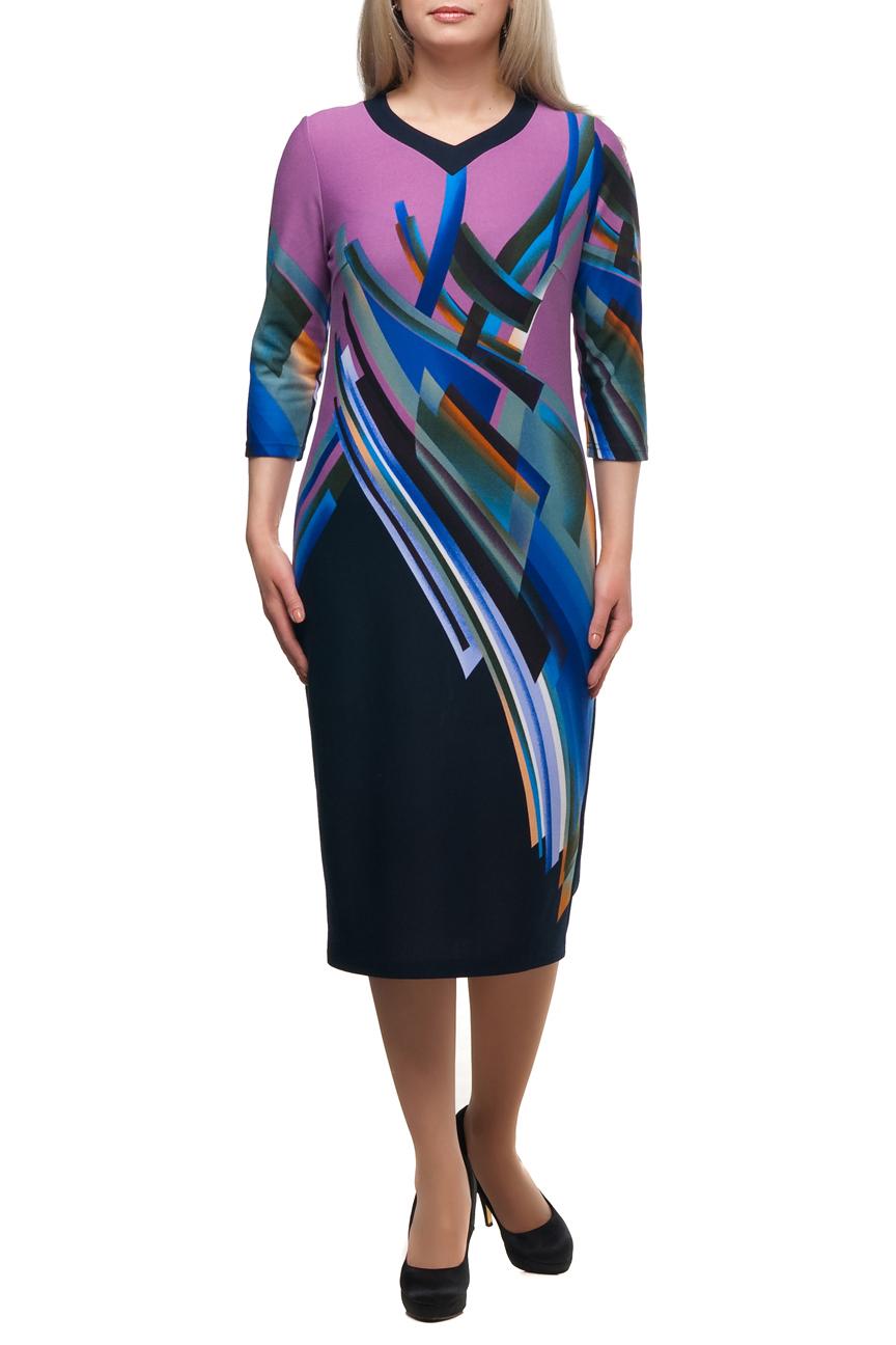 ПлатьеПлатья<br>Яркое платье с фигурной горловиной и рукавами 3/4. Модель выполнена из приятного трикотажа. Отличный выбор для повседневного гардероба.  В изделии использованы цвета: розовый, темно-синий и др.  Рост девушки-фотомодели 173 см<br><br>Горловина: Фигурная горловина<br>По длине: Ниже колена<br>По материалу: Трикотаж<br>По рисунку: С принтом,Цветные<br>По сезону: Зима,Осень,Весна<br>По силуэту: Полуприталенные<br>По стилю: Повседневный стиль<br>По форме: Платье - футляр<br>Рукав: Рукав три четверти<br>Размер : 48<br>Материал: Трикотаж<br>Количество в наличии: 1