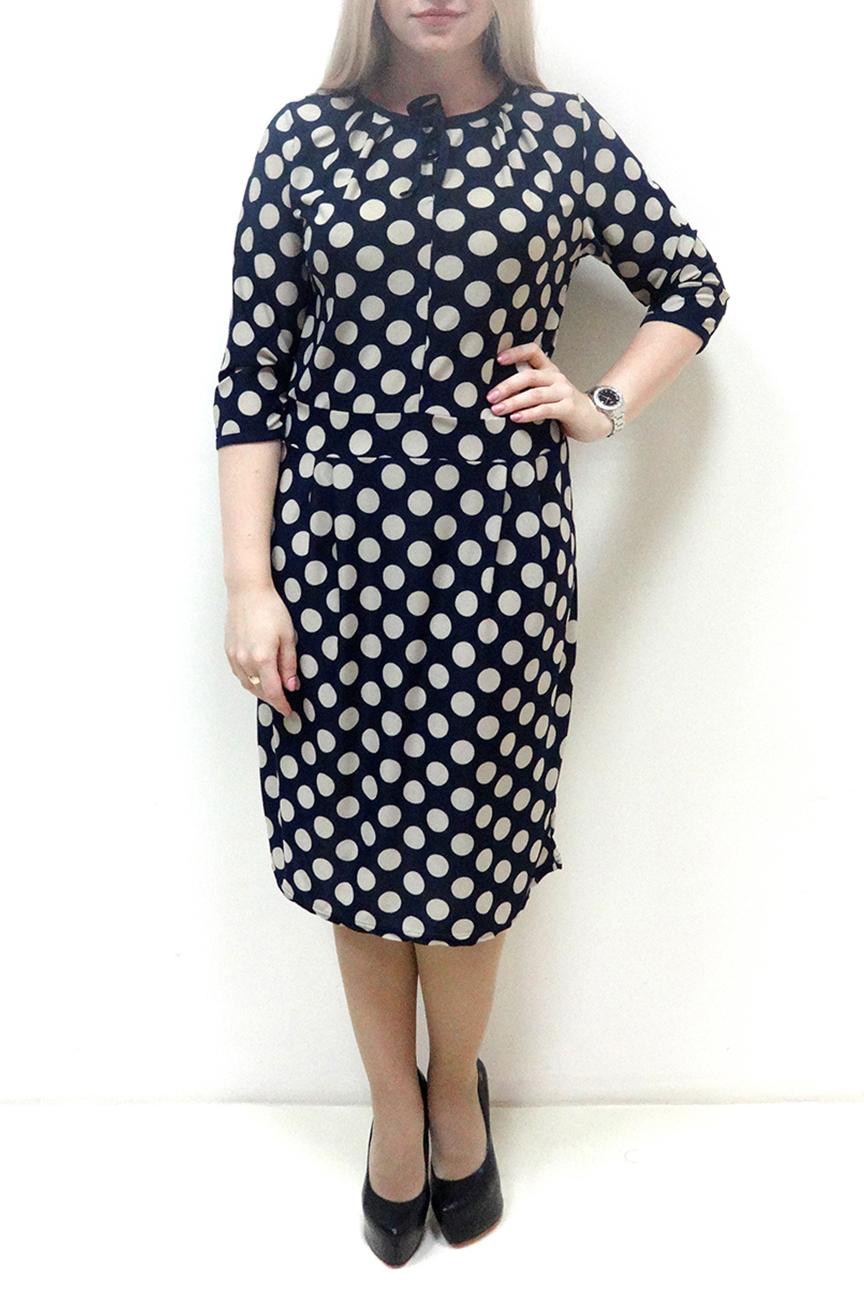 ПлатьеПлатья<br>Красивое женское платье с круглой горловиной и рукавами 3/4. Модель выполнена из приятного материала. Отличный выбор для повседневного гардероба.  В изделии использованы цвета: синий, бежевый  Рост девушки-фотомодели 162 см<br><br>Горловина: С- горловина<br>По длине: Ниже колена<br>По материалу: Вискоза,Трикотаж<br>По рисунку: В горошек,С принтом,Цветные<br>По силуэту: Полуприталенные<br>По стилю: Повседневный стиль<br>По форме: Платье - футляр<br>Рукав: Рукав три четверти<br>По сезону: Осень,Весна<br>Размер : 48,50,52,54,56,58<br>Материал: Холодное масло<br>Количество в наличии: 13
